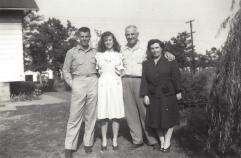 Wentz, WB 1940s with Parents
