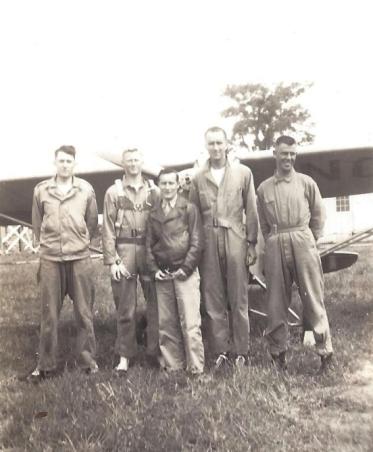 Wentz, WB 1943 Flight School