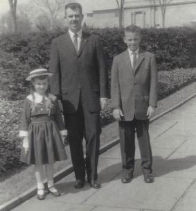 Wentz, WB 1950s with Karen and Kurt